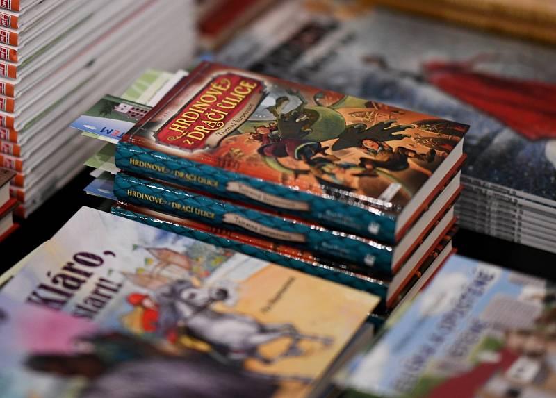 Česko čte dětem v Luhačovicích. Tento týden patří knihám