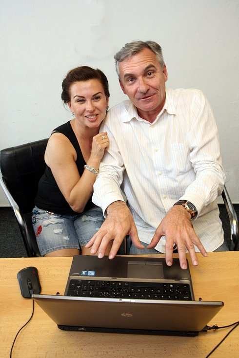Dana Morávková a Jan Čenský v redakci Zlínského deníku.