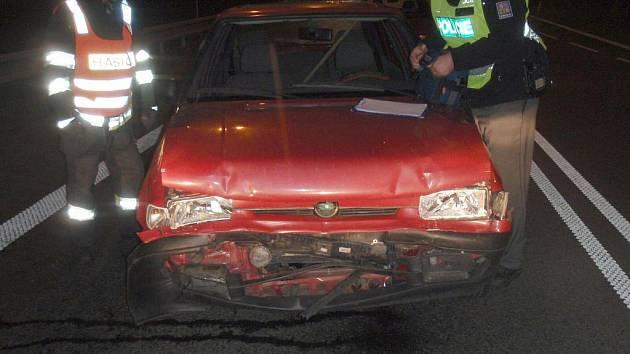 Na hlavním tahu I/49 došlo ke střetu dvou osobních aut zn. Š Felicia a Š Fabia.