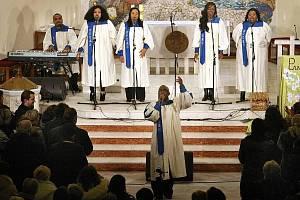 Gospelové Vánoce ve zlínském kostele sv. Filipa a Jakuba. Ilustrační foto