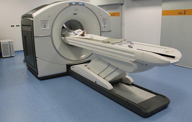 Vyšetření provádí oddělení nukleární medicíny a PET/CT v Baťově nemocnici.