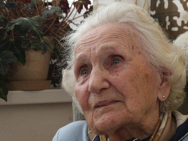 ŠARMANTNÍ DÁMA. Letos v prosinci oslaví Emilie Malotová sto jedna let.