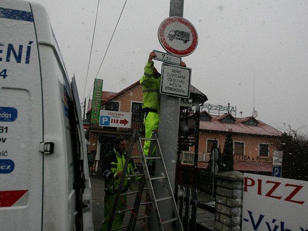 Změna dopravního značení v Otrokovicích