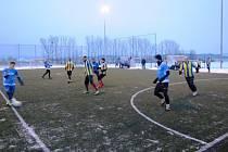 Foto ze zápasu Zimní fryštácké ligy v malé kopané, ze zápasu 7. kola Benfika - Doubravy 10:3, který se hrál v sobotu 2. ledna.