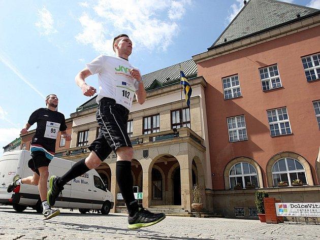 Semifinále Juniorského maratonu pro Zlínský kraj na náměstí Míru ve Zlíně.