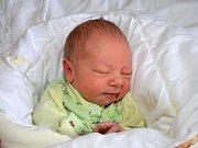 Oliver Fraňo z Tečovic se narodil 13.2.2012 s mírou 49 cm a váhou 2910 g