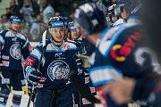 Utkání 42. kola Tipsport extraligy ledního hokeje se odehrálo 21. ledna v liberecké Home Credit areně. Utkaly se celky Bílí Tygři Liberec a Aukro Berani Zlín. Na snímku je Lukáš Jašek.