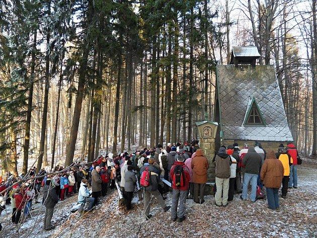 Kaple Panny Marie na kopci Hložec na Valašskokloboucku.