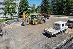 V Malenovicích právě probíhá VII. etapa regenerace panelového sídliště na ulicích Tyršova a U Sídliště, Milíčova a třída Svobody, která řeší rekonstrukci místních komunikací včetně parkovacích stání, chodníků a revitalizace zeleně a dětského hřiště mezi b