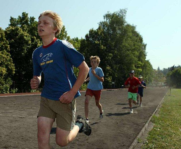 Olympijský běh zkusilo pět set dětí