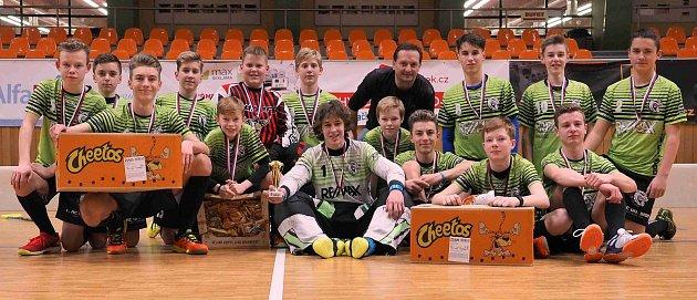 Starší žáci 1.AC Uherský Brod vyhráli Vánoční florbalový turnaj v Hodoníně.