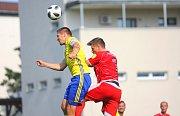 Fotbalisté Zlína (ve žlutých dresech) v posledním přípravném zápase před novou ligovou sezonou zvítězili nad Zlatými Moravci 3:0. Foto: Deník/Libor Kopl