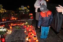 Dušičky na lesním hřbitově ve Zlíně