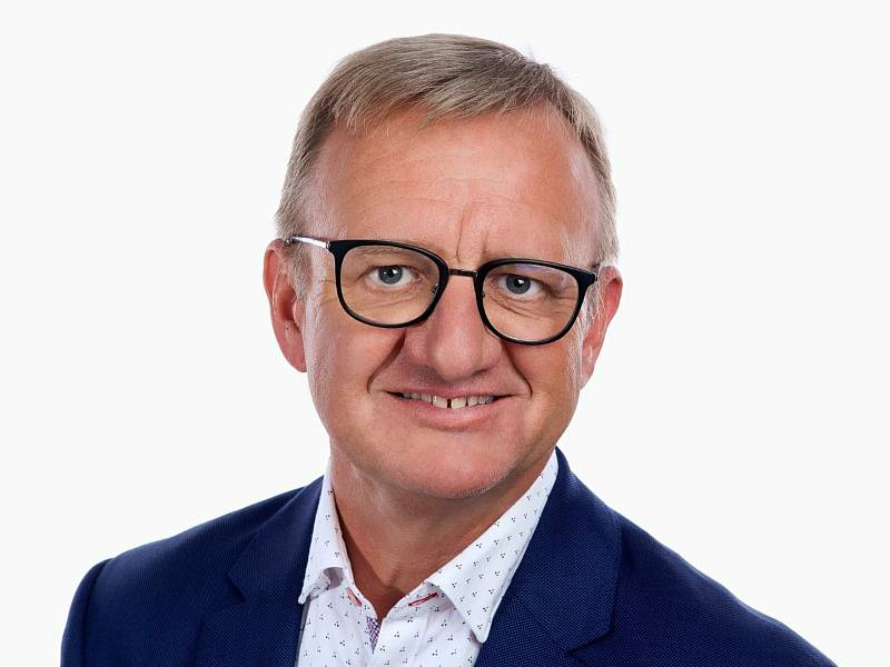 Radovan Macháček (ODS) 54 let, Chropyně, ředitel společnosti