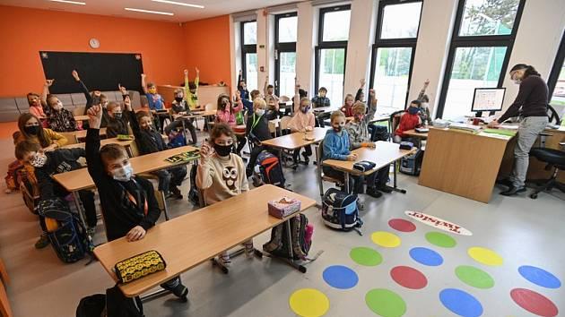 Děti ve škole. Ilustrační foto.
