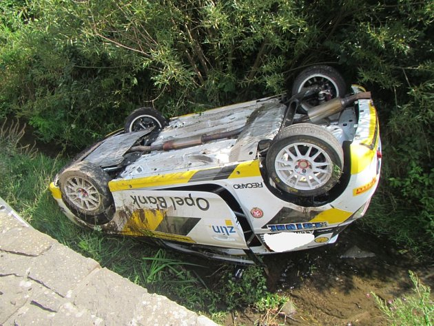 Nehoda závodního speciálu u Vlčkové na Zlínsku