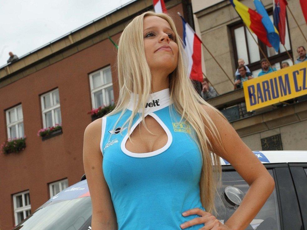 Krásné ženy na Barum Czech Rally Zlín 2014
