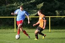 Fotbal OP Zlín: Mladcová B (modří) - Bratřejov