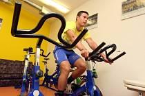 Tomáš Fořt nemůže trénovat s týmem. Přesto s ním i přes vážnou nemoc srdečního svalu zůstává.