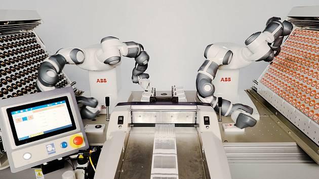 Robot YuMi a jeho dvojče budou patřit k zajímavostem letošního Zlín Film Festivalu.