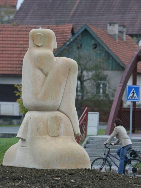 Socha oslavující výročí Slavičína