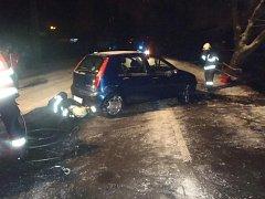 Ve Zlíně v části Rybníky došlo k havárii osobního auta zn. Fiat Punto