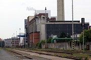 Okolí vlakového nádraží krajského města Zlín. Teplárna.