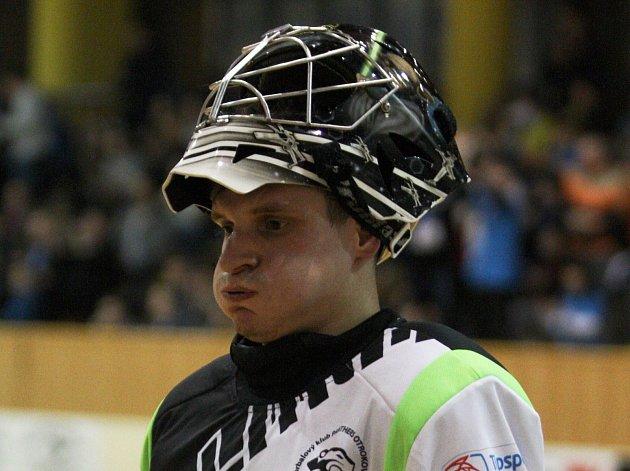 Brankář  florbalistů Otrokovic Radovan Michajlovič si v letošním superligovém ročníku drží výbornou formu.