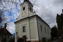 Kostel svatého Josefa v Lukově.