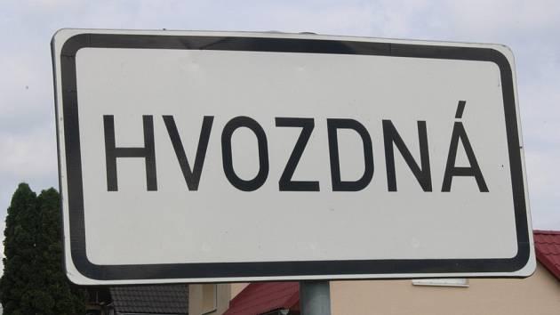 Obec Hvozdná
