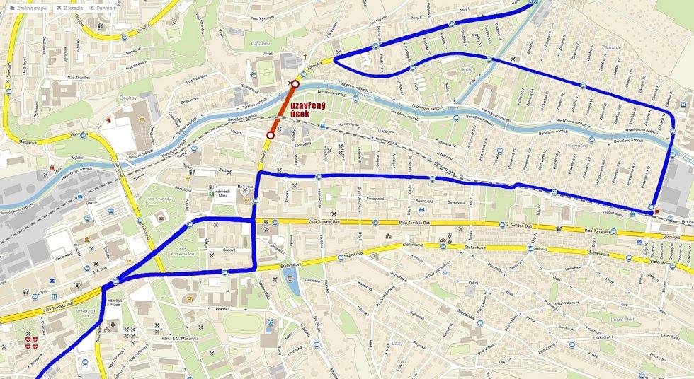 Trasa linky 4 a 5 během sobotního Festivalového půlmaratonu