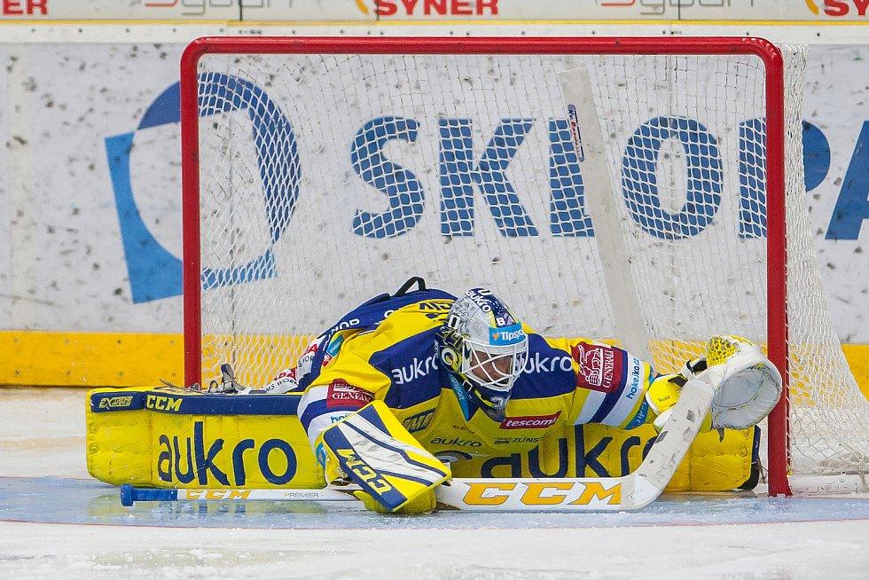 Utkání 3. kola Tipsport extraligy ledního hokeje se odehrálo 12. září v liberecké Home Credit areně. Utkaly se celky Bílí Tygři Liberec a Aukro Berani Zlín. Na snímku brankář Libor Kašík.