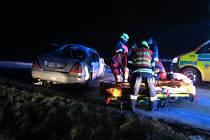 Nehoda Mercedesu v Halenkovicích: tři zranění, z toho dva těžce