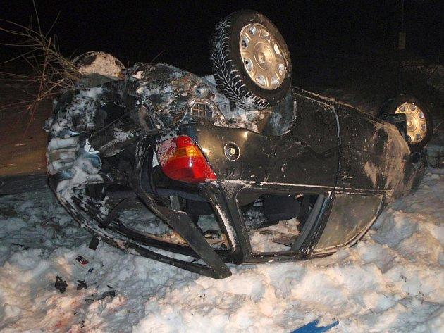 Jízdu nezvládl řidič v Lípě na Zlínsku.