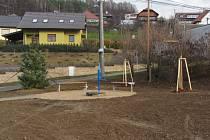 Jaroslavice náves - posezení u studny