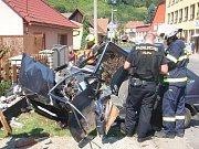 Vozidlo zničilo plot a plynovou přípojku.