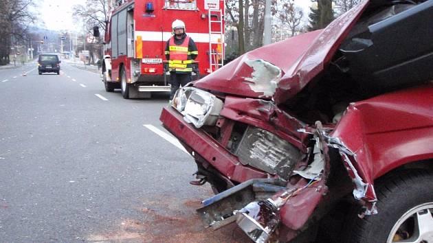 Nehoda v centru Zlína zkomplikovala dopravu.