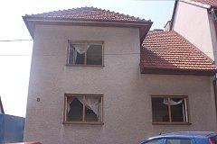Dům ve Lhotě, kde hořelo.