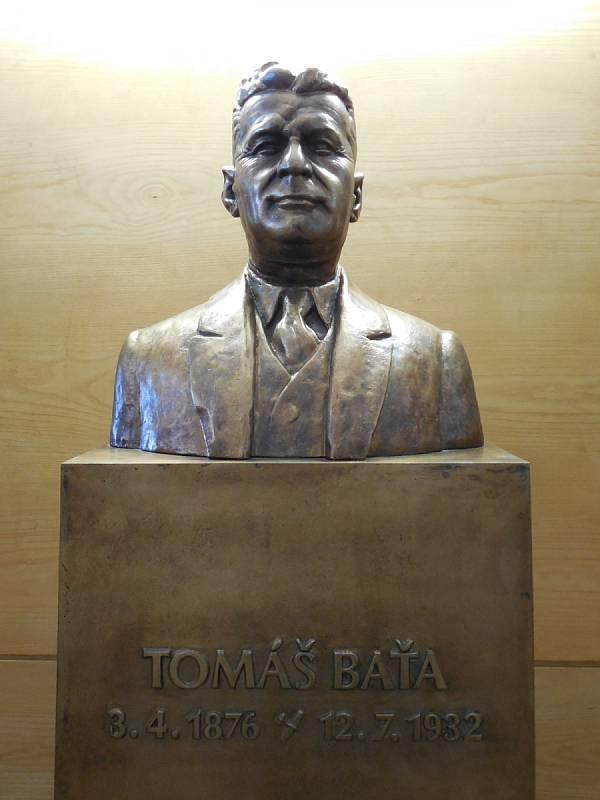 Busta Tomáše Bati.