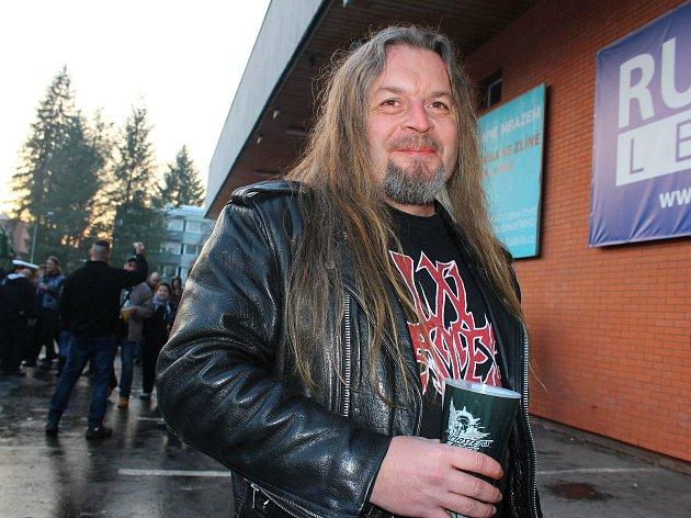 Metalista Franta Dohnal zVeselí nad Moravou. Vsobotu 2.prosince 2017si nenechal ujít ve Zlíně zimní Masters of Rock.