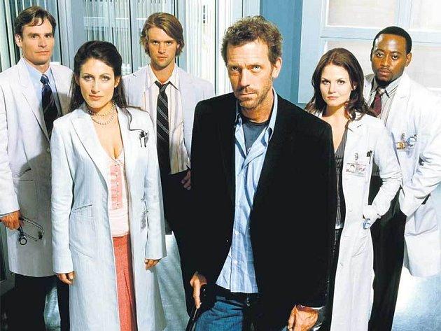 Doktor House se tento týden rozloučil s televizními diváky a na obrazovky se vrátí až po prázdninách.