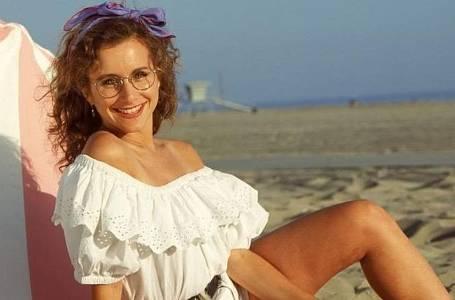 Vzpomínáte na Andreu z BH 90210?