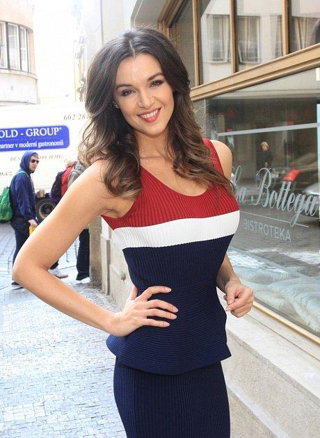 Iva Kubelková je stálice českého šoubyznysu…