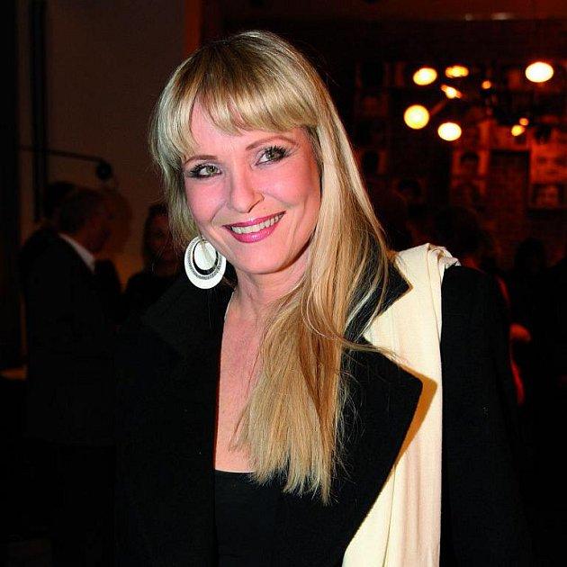 Herečka se dnes věnuje nadaci Archa Chantal.