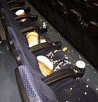 A cenu za největší prase celého kina získává...