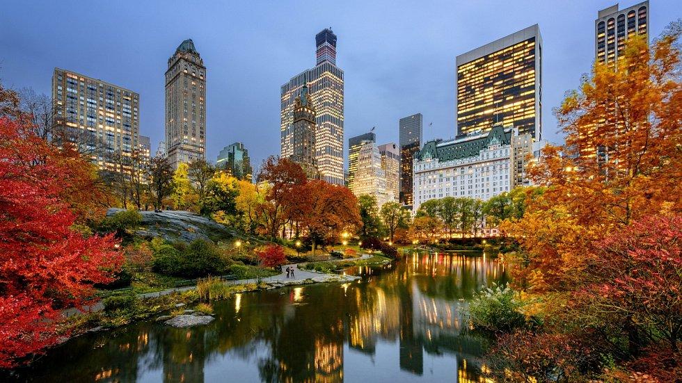 Slavný New York nejsou jen mrakodrapy. Central Park nasebe obzvlášť napodzim umí strhnout pozornost.