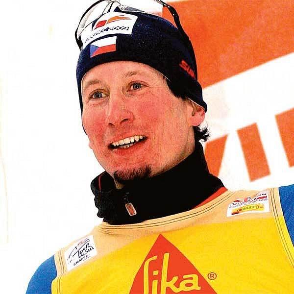 Na stupních vítězů si to v domácím prostředí Lukáš Bauer užíval.