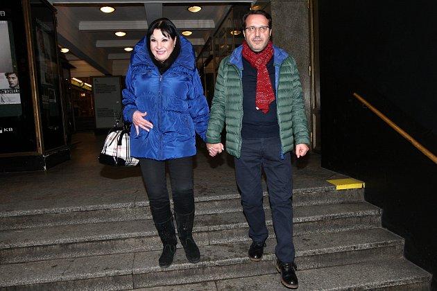 Dáda Patrasová se svým italským milencem Vi