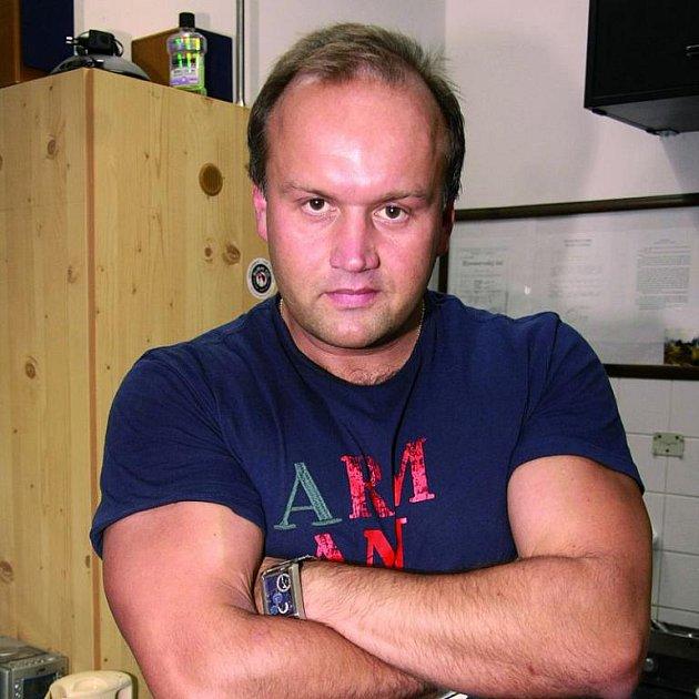 Marek Vít má prý velké spektrum pracovních činností.
