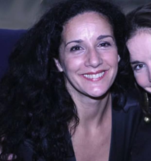 Ve skutečnosti to je s Valerií Lorca naopak než v seriálu. Z ní a Natalie Oreiro se staly blízké přítelkyně a jsou jimi doteď. Při natáčení si pomáhaly a užily si spoustu srandy, zvlášť ve scénách, kdy se spolu perou.